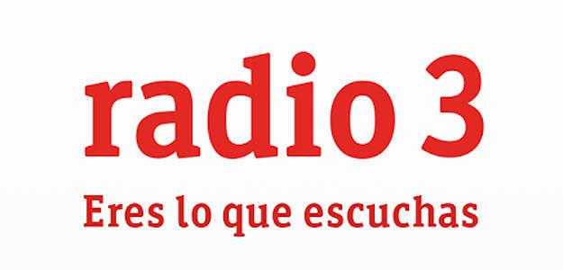 """Sandra Jara y Pilar Coronado en la radioficción de RNE """"En la nube""""."""