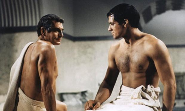 Laurence Olivier y Tony Curtis en esta controvertida escena de