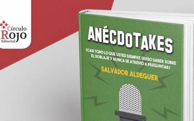 """Salvador Aldeguer presenta su libro """"Anécdotakes"""" en """"Poniendo las calles""""."""